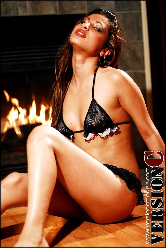 Dania Estrada - Touch of Seduction set 1 - 47 images