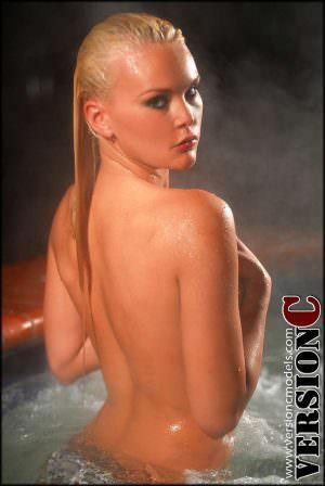 Athena Lundberg: Skinny Dipping Set 1 - 29 images