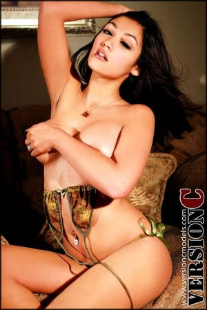 Misa Campo: Killer Looks set 2 - 50 images