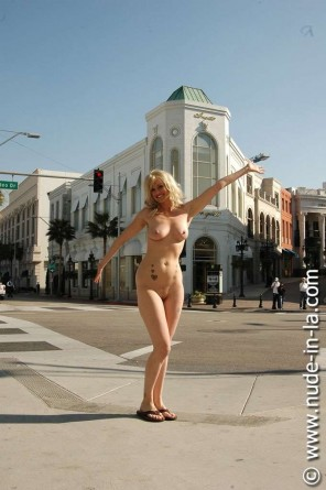 Nude in La: Kimberly Smith - Rodeo Drive - 63 images
