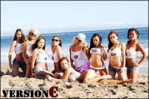 x3 Live Models - Beach Tug a War - 115 images