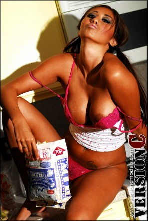 Sumlee Anderson: Midnight Snack set 2 - 35 images