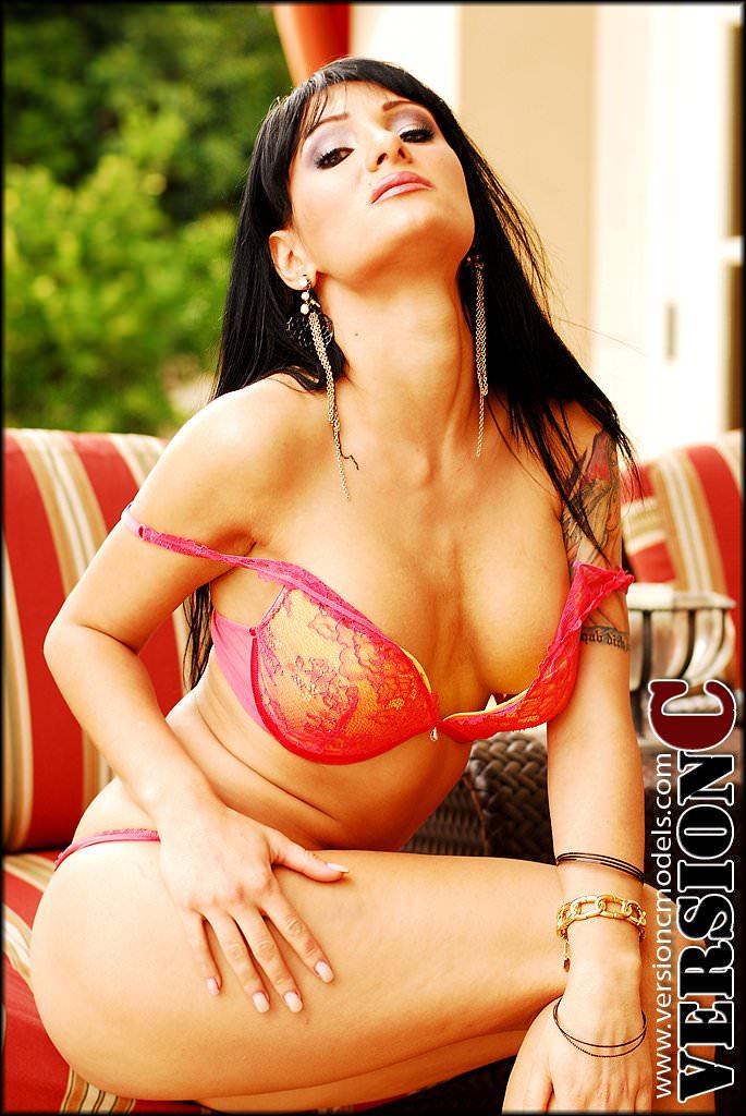 Victoria Sin: Lusting Fame set 1 - 47 images