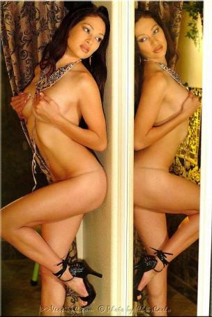 Maricel Manzella: Alluring Looks set 1 – 37 images