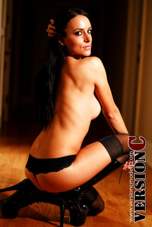 Annie Fiss: Topless Madame set 2 - 50 images