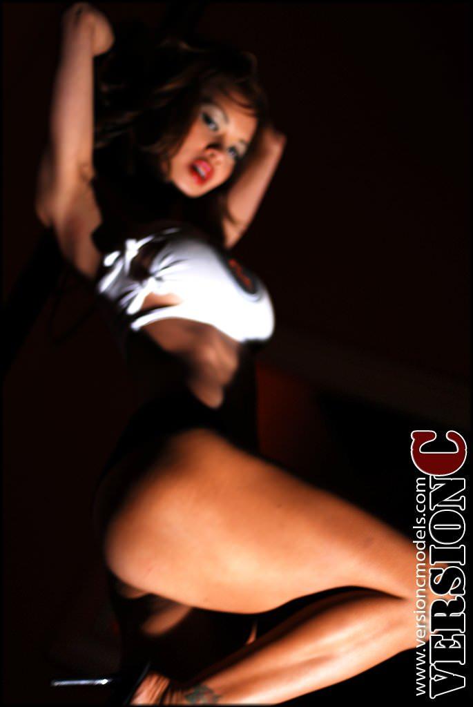 x3Live Models: Francine Dee - Pole Skills set 1 - 47 images