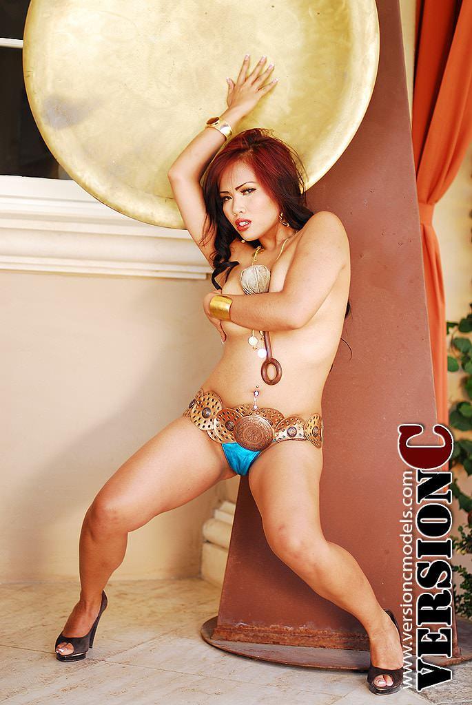 Desiree Deleon: Golden Dong set 1 - 50 images