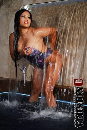 Desiree Deleon: Water Play set 1 - 58 images (Exclusive Nudes)