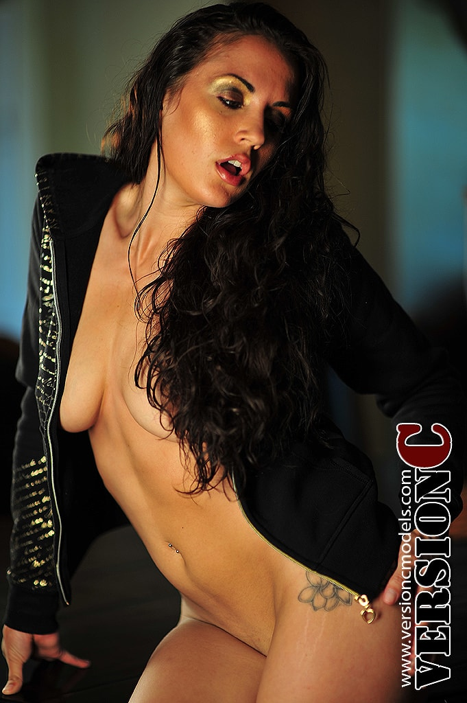 Jessyka Payne: Another Hoody set 3 – 50 images
