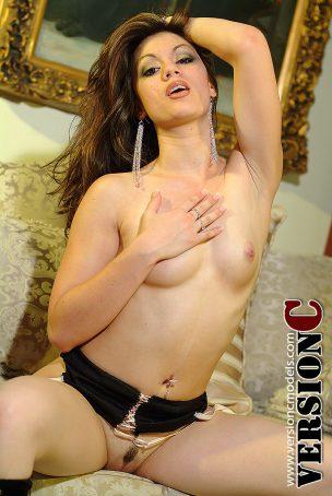Kaleina Kruz: Hustler Vixen set 3 – 73 images