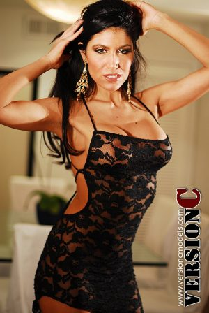 Mary Castro: Desperate House Wife set 1 - 41 images