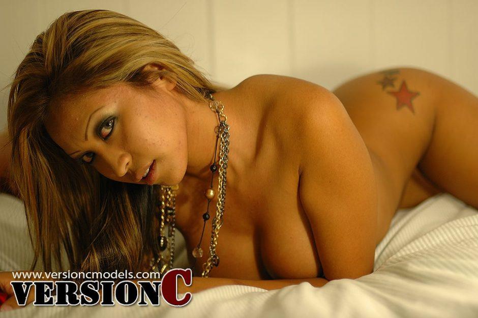 Nikki Sotelo: Bedroom Exclusives set 2 – 50 images