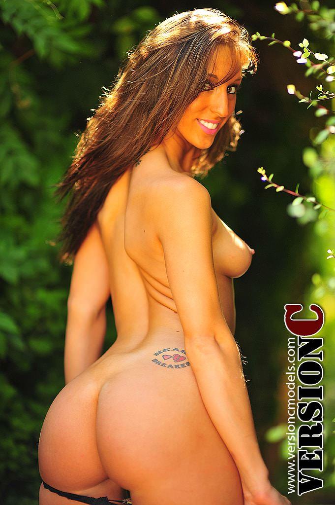 Samantha Salem: Jungle Feel set 2 – 44 images (Exclusive Nudes)