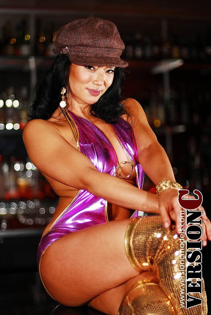 Samantha Liu: Pink and Gold set 1 - 53 images