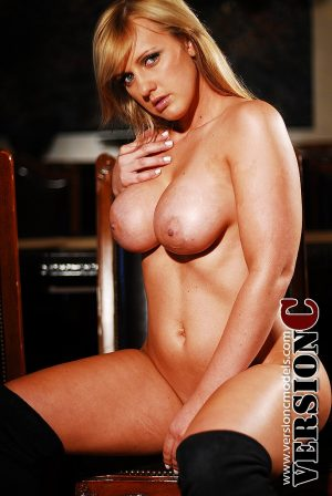Taylor Automn: Starry Night set 2 – 72 images (Exclusive Nudes)