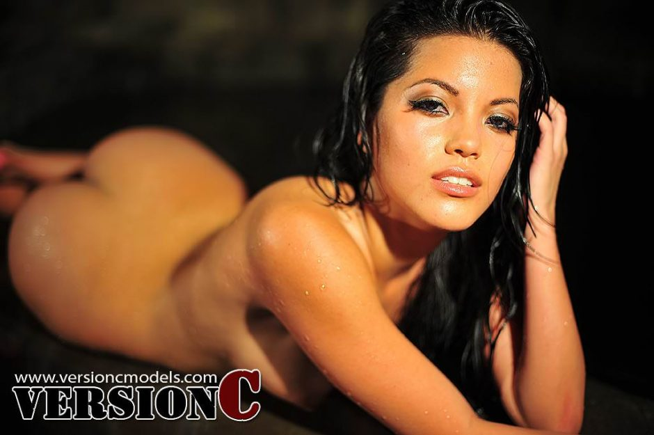 Tracy Nova: Wet and Slippery Night set 3 - 60 (Exclusive Nudes) images